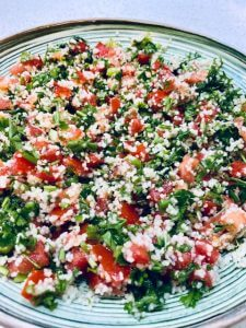 Easy Tabbouleh Salad with tomatoes, parsley, green onion, bulgur
